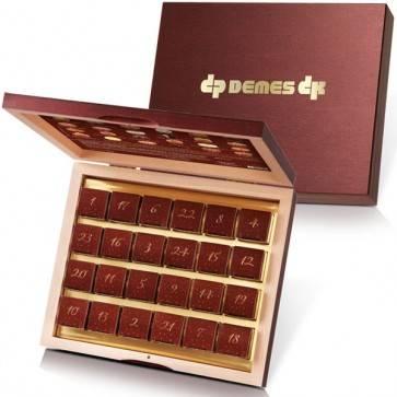Adventskalender mit 24 Pralinen in edler Holzschatulle und individuellem Golddruck